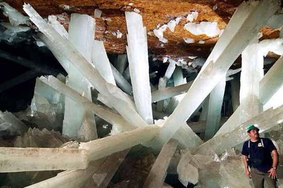 Crystal Cave – Niaca, Mexico