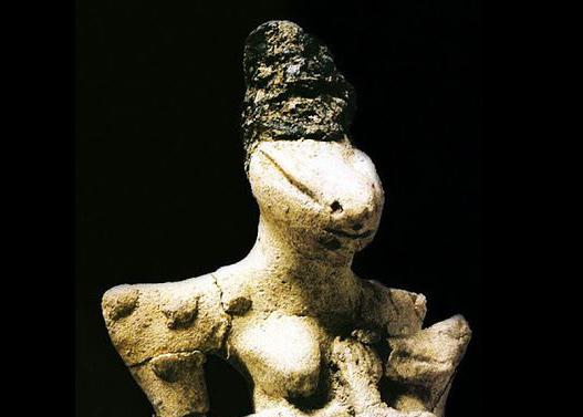 Ubaíd Lizard Statues